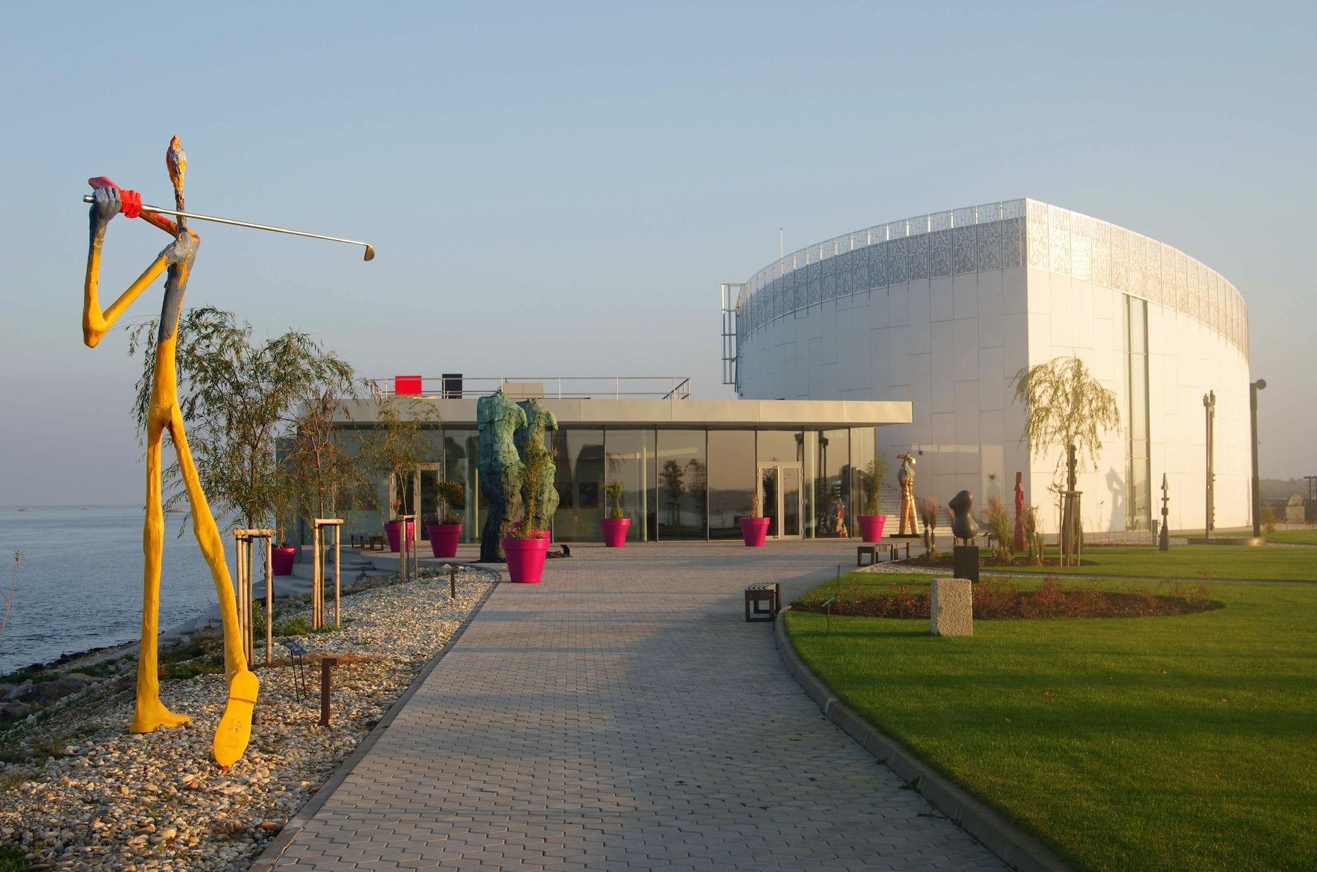 High quality hoto of Danubiana Meulensteen Art Museum - Slovakia