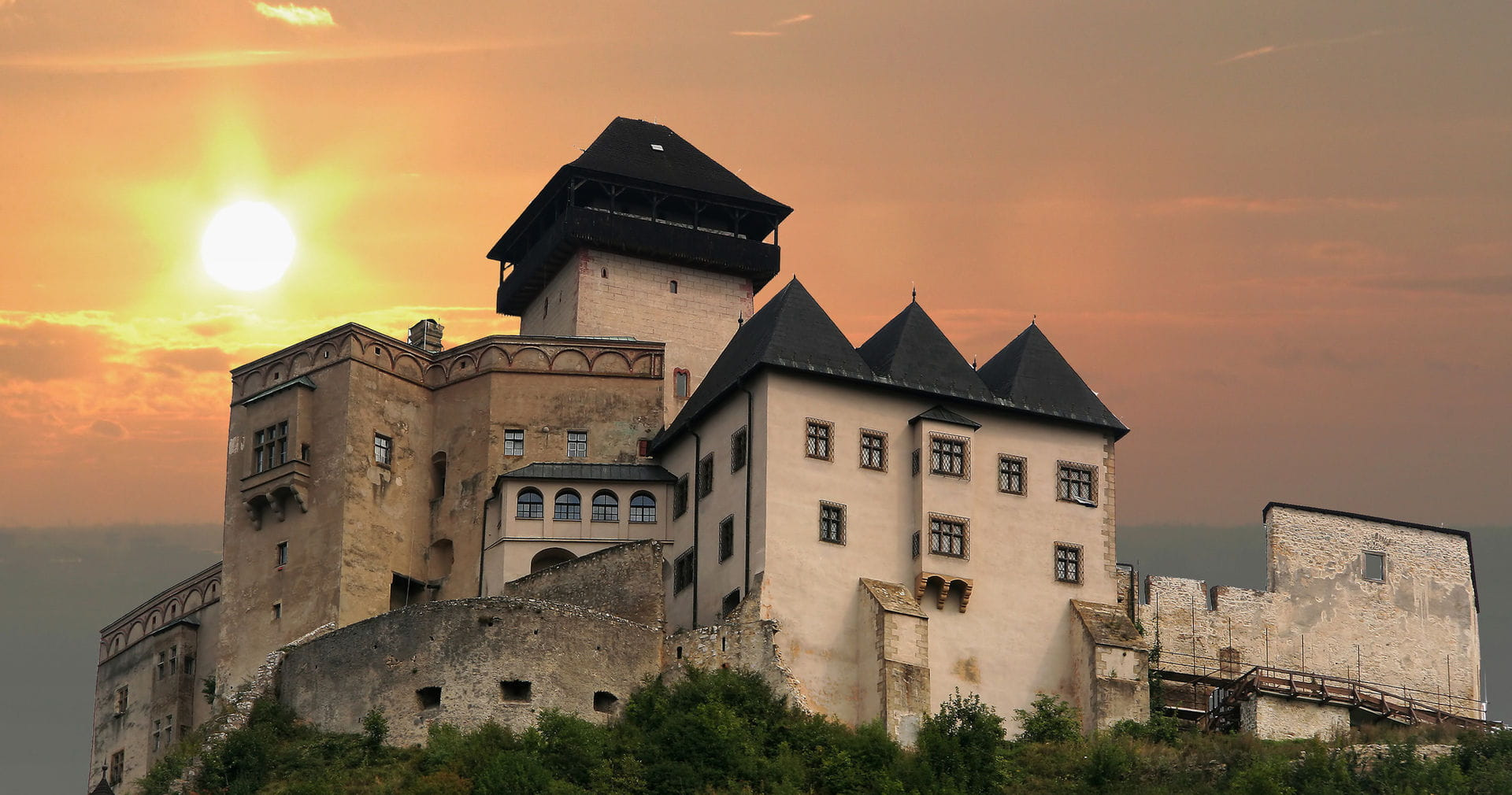 High quality hoto of Trencin Castle - Slovakia
